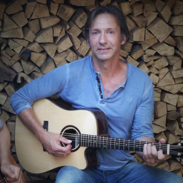 Gitarrenunterricht im KAZ Ebi Koreuber